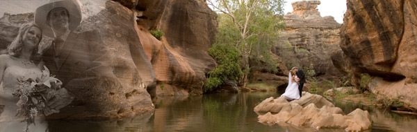 Panoramic wedding phtography in dramatic outback landscape