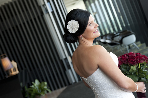 bride wedding photography in  registry office melbourne