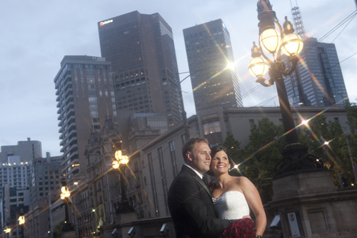 wedding couple at registry office melbourne